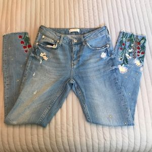 Embroidered Summer Skinny Jeans